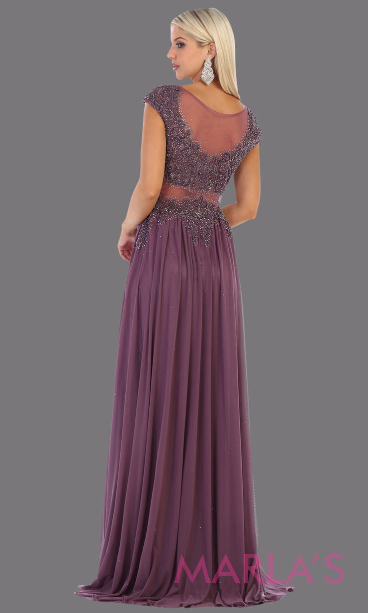 Back of Long mauve evening dress with wide straps and v neck. This flowy purple dress is perfect for bridesmaids, gala, evening dress, plus size women, indowestern gown, muslim nikah, purple beaded dress.