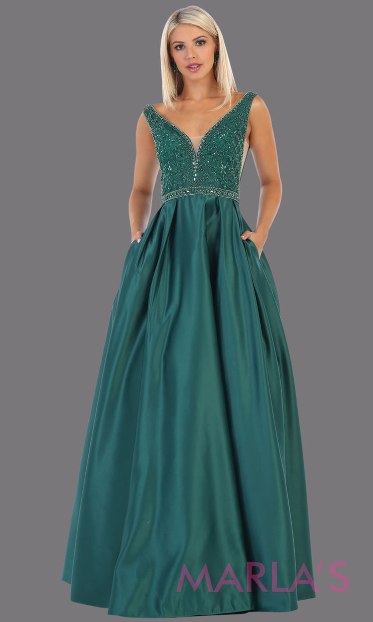 Long hunter green semi ball gown v neck with straps.This low back ballgown is perfect for formal gala party,emerald wedding reception dress, indowestern party dress,plus size ballgown, Sweet 15, Sweet 16, Quinceanera