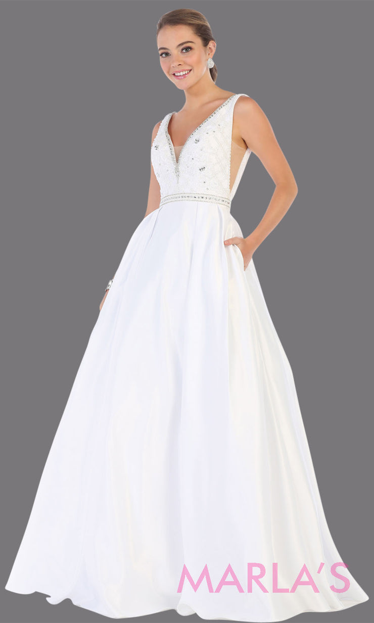 Long white semi ball gown v neck with straps. This low back ballgown is perfect for formal gala party, white wedding reception dress, bridal, indowestern party dress, plus size ballgown,Sweet 15, Sweet 16, Quinceanera