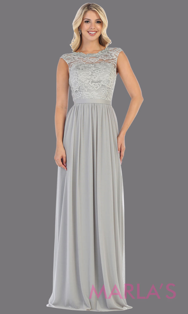 Long flowy grey dress with off shoulder lace top. This simple gray gown is perfect for bridesmaid dresses, plus size women, simple evening gown, gala dress,mother of the bride dress, indowestern gown,destination wedding