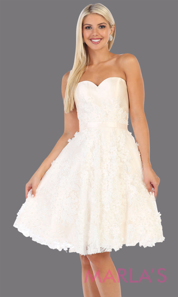 Short strapless white grade 8 graduation dress with puffy skirt. This white ballerina dress with flowers is perfect for  grade 8 grad, homecoming, Bat Mitzvah, quinceanera damas, junior bridesmaids, plus sizes avail