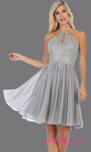 Short high neck silver grey grade 8 graduation dress with flowy skirt from mayqueen. This light gray low back flowy dress is perfect for plus size grad, homecoming, Bat Mitzvah, quinceanera damas, middle school graduation, junior bridesmaids