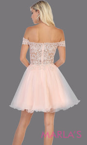 Back of Short off shoulder blush grade 8 graduation dress with puffy skirt from mayqueen.This light pink ballerina dress is perfect for grade 8 grad, homecoming, Bat Mitzvah, quinceanera damas, middle school graduation, plus size, junior bridesmaids