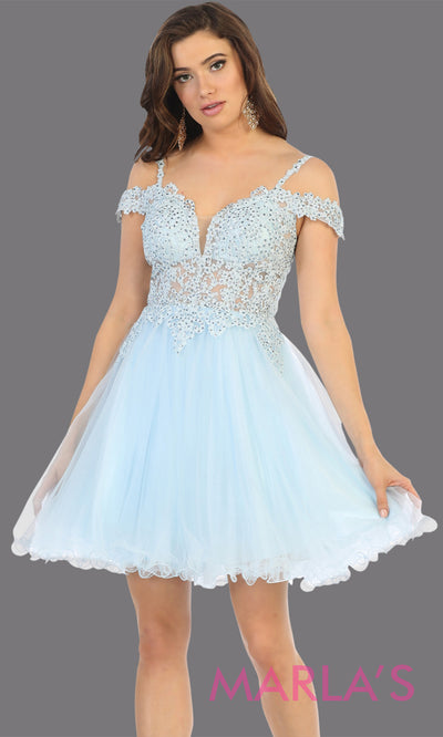 Short off shoulder aqua blue grade 8 graduation dress with puffy skirt from mayqueen.This light blue flowy party dress is perfect for plus size grad, homecoming, Bat Mitzvah, quinceanera damas, middle school graduation, junior bridesmaid