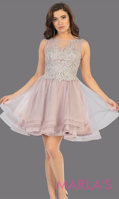 Short high neck mauve grade 8 graduation dress with flowy skirt. This dusty rose lace back from mayqueen is perfect for grade 8 grad, homecoming, Bat Mitzvah, quinceanera damas, middle school graduation, junior bridesmaids, plus sizes girls