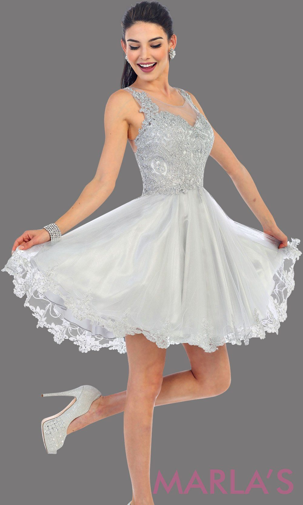 Short high neck silver grade 8 grad puffy dress with gold lace. This light gray grade 8 graduation short dress and pretty. Can be worn for quinceanera damas, short prom dress, bah mitzvah, sweet 16, confirmation. Avail in plus size
