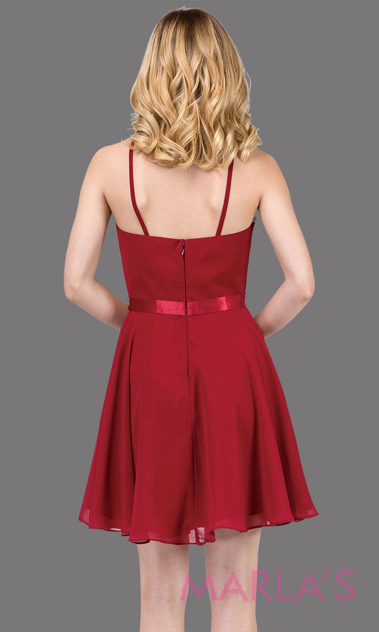 3013.4BShort high neck simple chiffo n burgundy grade 8 grad dress with satin ribbon.This dark red graduation dress is perfect for confirmation,bat mitzvah,junior bridesmaids, homecoming. Plus Sizes Avail.