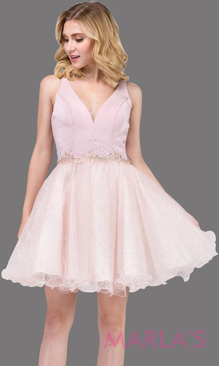 3019.4-Short V neck puffy dusty pink grade 8 grad dress with glitter skirt.This light pink graduation dress is perfect for bat mitzvah, quinceanera damas, confirmation, junior bridesmaid. Plus sizes avail.