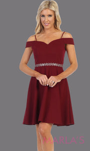 Short burgundy red off shoulder grade 8 grad dress. Flowy dark red simple dress perfect for grad, graduation, plain wedding guest dress, simple short party dress, maroon cocktail dress, confirmation dress, prom date. Plus sizes avail