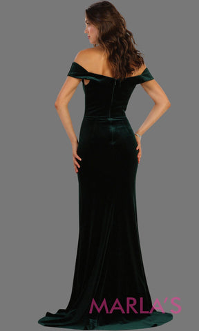 Back of Long fitted velvet hunter green off shoulder dress with high slit. This sleek and sexy dark green is perfect for prom, formal party, gala, bridesmaid dresses, wedding guest dress, charity event. Available in plus sizes.