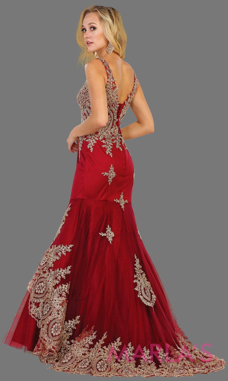 Back of Long burgundy high neck dress with gold lace train. This dark red evening gown is perfect for prom, engagement dress, wedding reception gown, arabic wedding, indian wedding. Available in plus sizes.