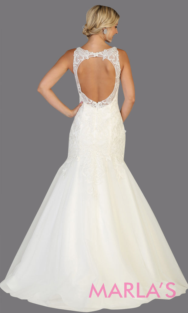 Back of Long v neck mermaid white bridal gown with straps & open back from mayqueen. Perfect for budget friendly wedding bridal gown, plus size bridal dress, cheap white dress, second wedding white gown, white prom dress, indowestern party dress