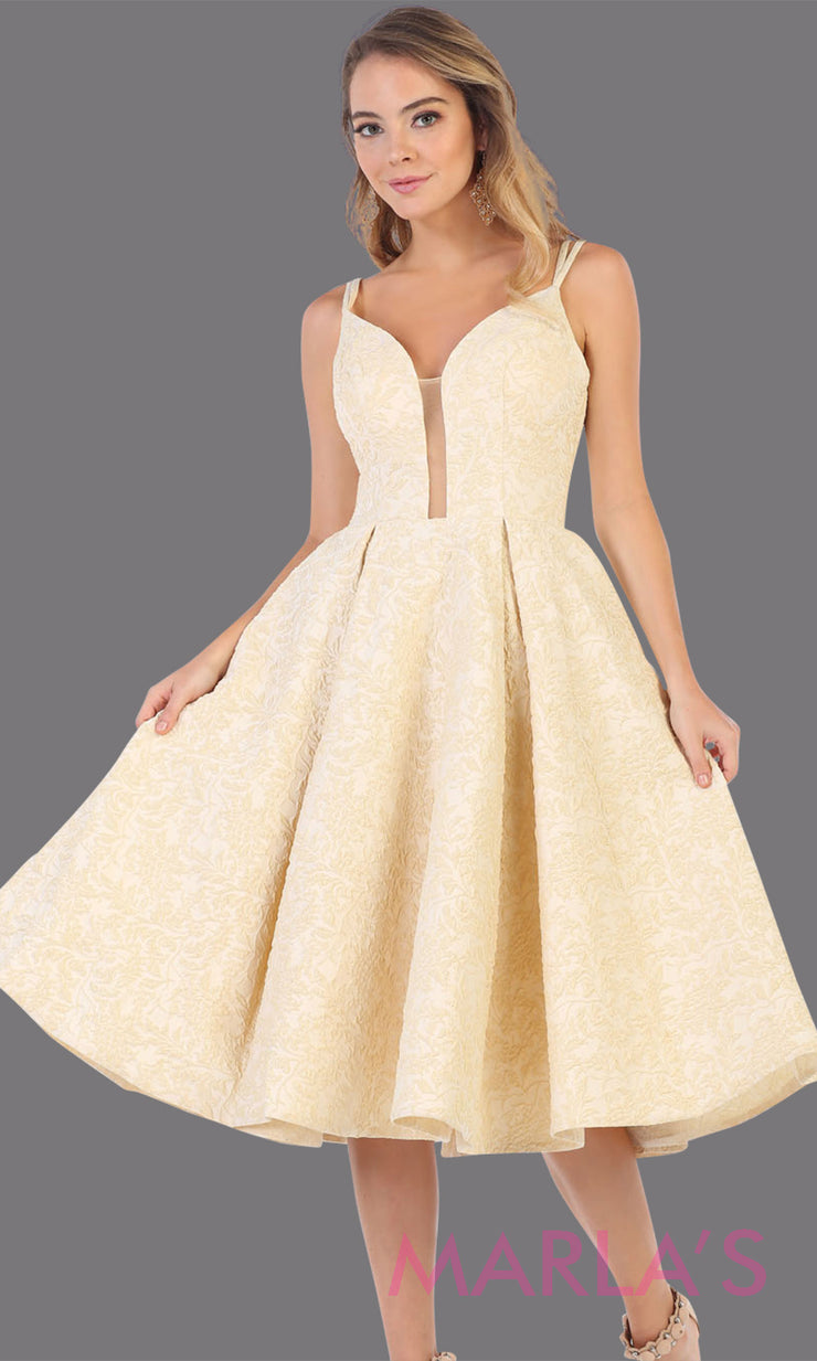 7699.13L- Short flowy yellow frock dress from Mayqueen RQ7699. This light yellow dress is perfect for bridal shower dress, second wedding dress, court or civil wedding, simple outdoor wedding,grade 8 grad dress,graduation dress,plus size party dress