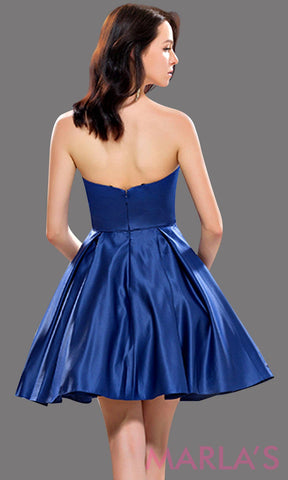 Back of Short, simple strapless flowy navy dress with pockets. Can be worn for grade 8 graduation, short prom, confirmation, semi formal, dark blue wedding guest dress, damas. Avail in plus sizes.