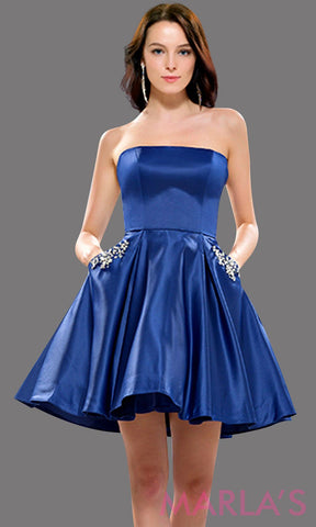 Short, simple strapless flowy navy dress with pockets. Can be worn for grade 8 graduation, short prom, confirmation, semi formal, dark blue wedding guest dress, damas. Avail in plus sizes.