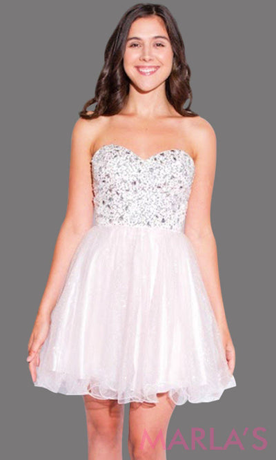 Short blush pink graduation dress with rhinestone bodice. It has puffy tulle skirt. Perfect for grade 8 grad, short pink prom dress, quinceanera damas, sweet 15, sweet 16, bah mitzvah, grade 6 graduation dress.