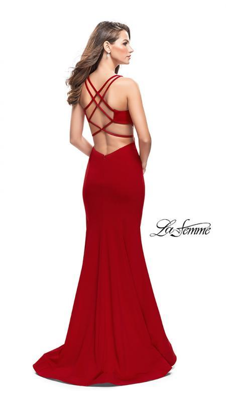 Back of La Femme 25594 red prom dress. This is a beautiful red open back prom dress. It features a v neck with a fitted skirt. Sleek and sexy prom dress