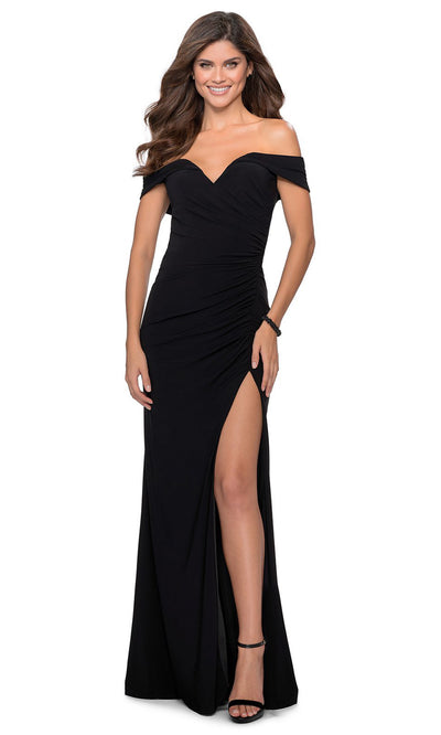 La Femme - 28389 Off Shoulder Sweetheart Neck Fitted Gown In Black