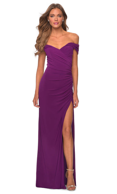 La Femme - 28389 Off Shoulder Sweetheart Neck Fitted Gown In Purple