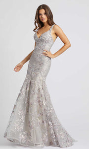 Mac Duggal - 20146D Embroidered Plunging V Neck Trumpet Gown In Silver