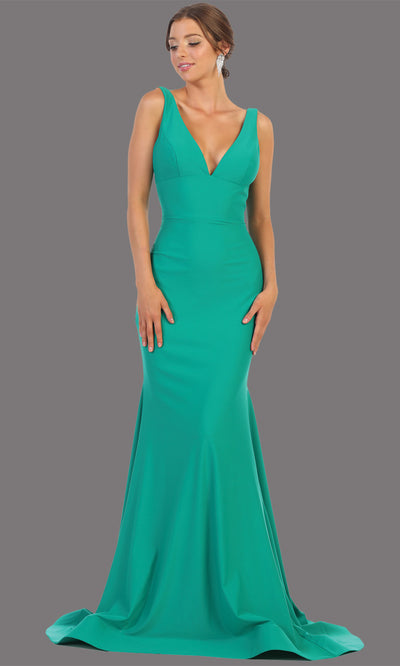 Mayqueen MQ1719 long sleek & sexy emerald green dress w/ low v neck. This tight fitted mermaid dress w/low back. Green formal gown is perfect for prom, engagement/e-shoot dress, formal wedding guest dress, gala, black tie event.Plus sizes avail