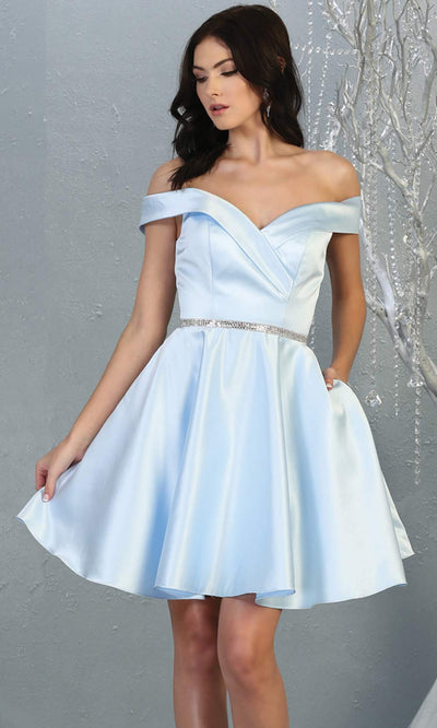 Mayqueen MQ1815 short light blue off shoulder flowy grade 8 graduation dress w/belt & simple skirt. Light blue party dress is perfect for prom, graduation, grade 8 grad, confirmation dress, bat mitzvah dress, damas. Plus sizes avail for grad dress.jpg