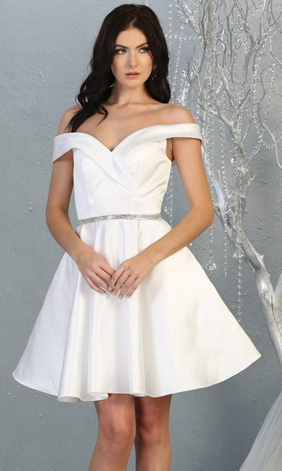 Mayqueen MQ1815 short white off shoulder flowy grade 8 graduation dress w/belt & simple skirt. White party dress is perfect for prom, graduation, grade 8 grad, confirmation dress, bat mitzvah dress, damas. Plus sizes avail for grad dress.jpg