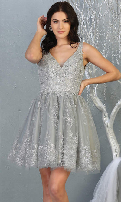 Mayqueen MQ1817 short silver grey v neck flowy grade 8 graduation dress w/beaded top & puffy skirt. Light gray party dress is perfect for prom, graduation, grade 8 grad, confirmation dress, bat mitzvah dress, damas. Plus sizes avail for grad dress.jpg