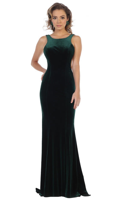 May Queen - RQ7709 Bateau Fitted Velvet Gown In Green and Black