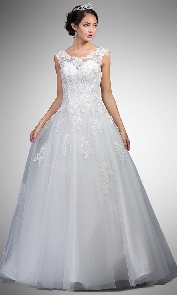 Dancing Queen - A7002 Long Lace Embraided Dress In White