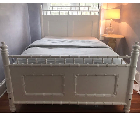 Savannah Queen Bed in Powdered Sugar - Retail $5,424.00