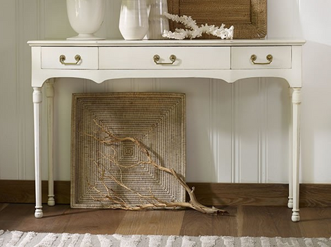Willow Point Console in Vanilla Bean / Retail $2370