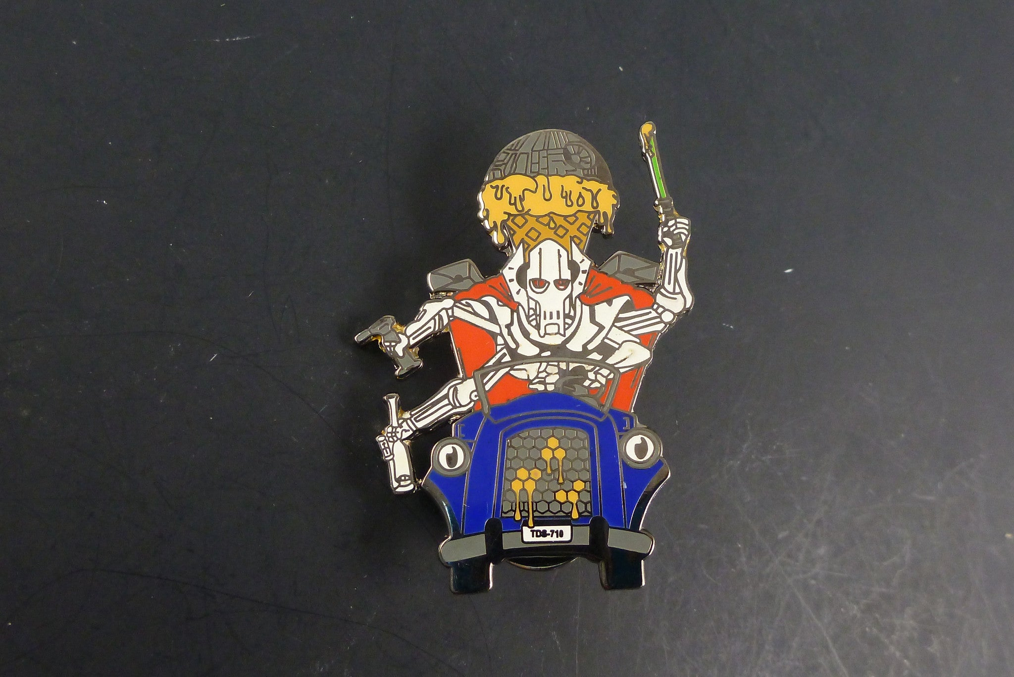 General Grievous pin - Headdy Glass