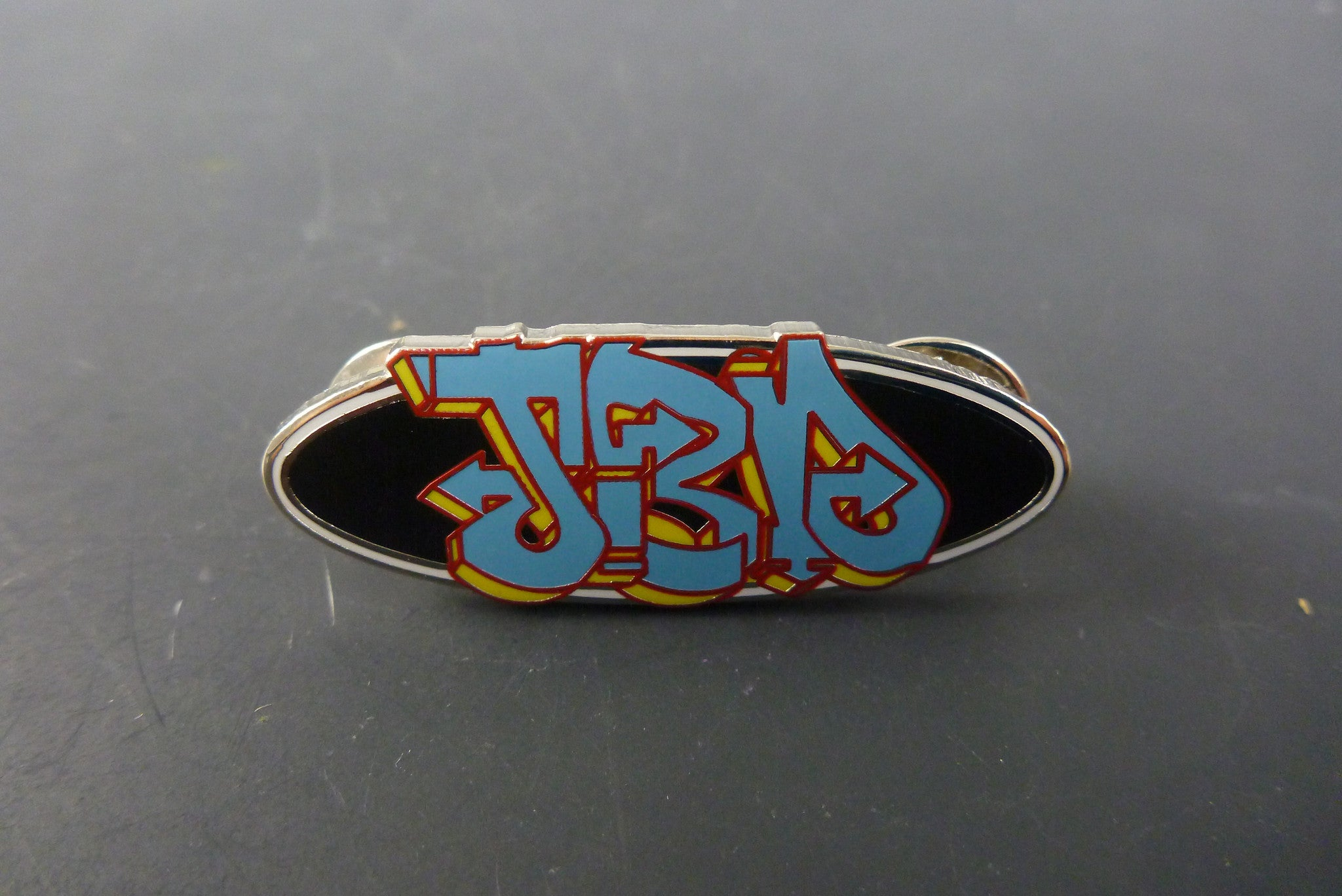 JBD pin - Headdy Glass