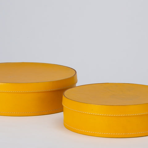 Round Leather Nesting Boxes by Arte Cuoio & Triangolo