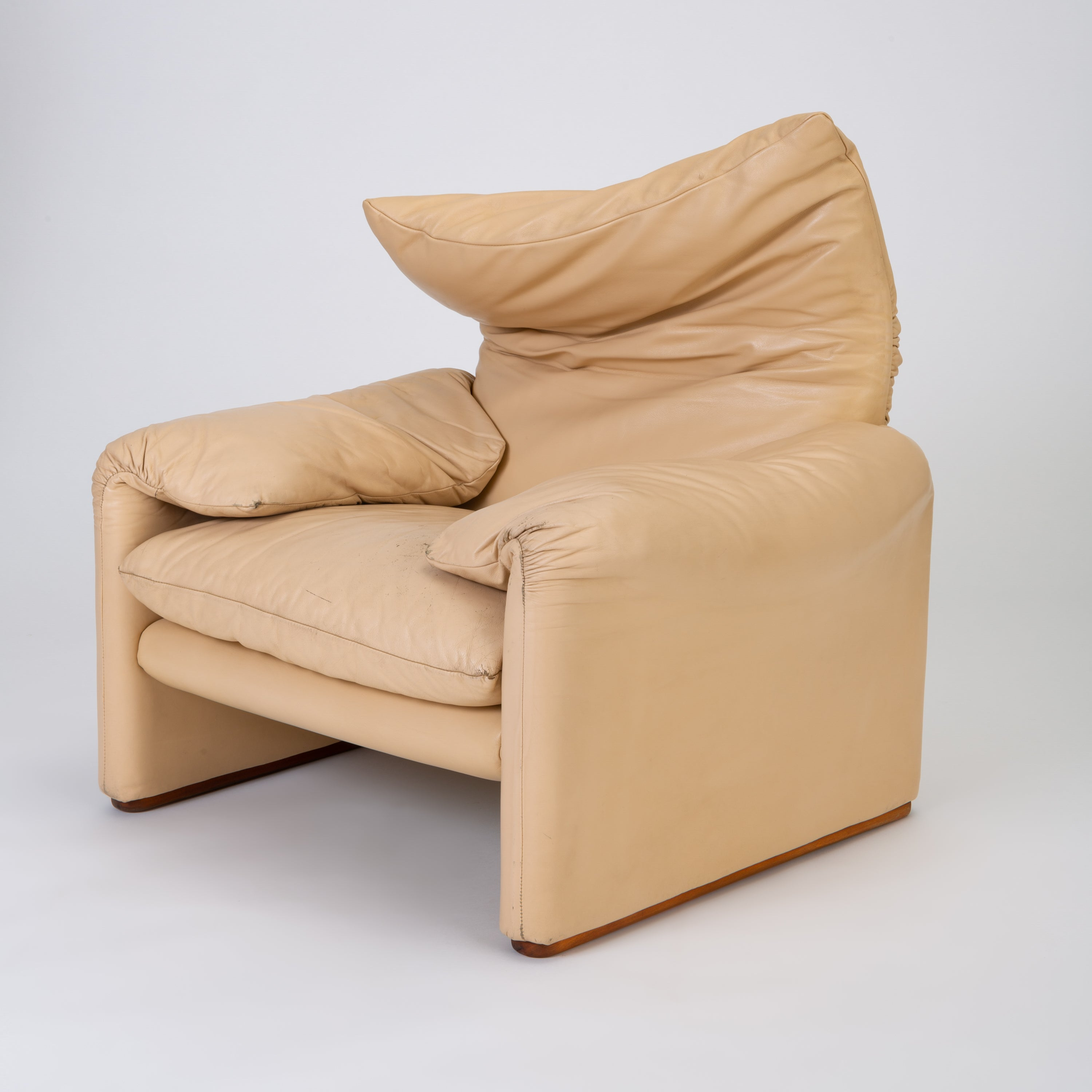 Leather U201cMaralungau201d Chair By Vico Magistretti For Cassina