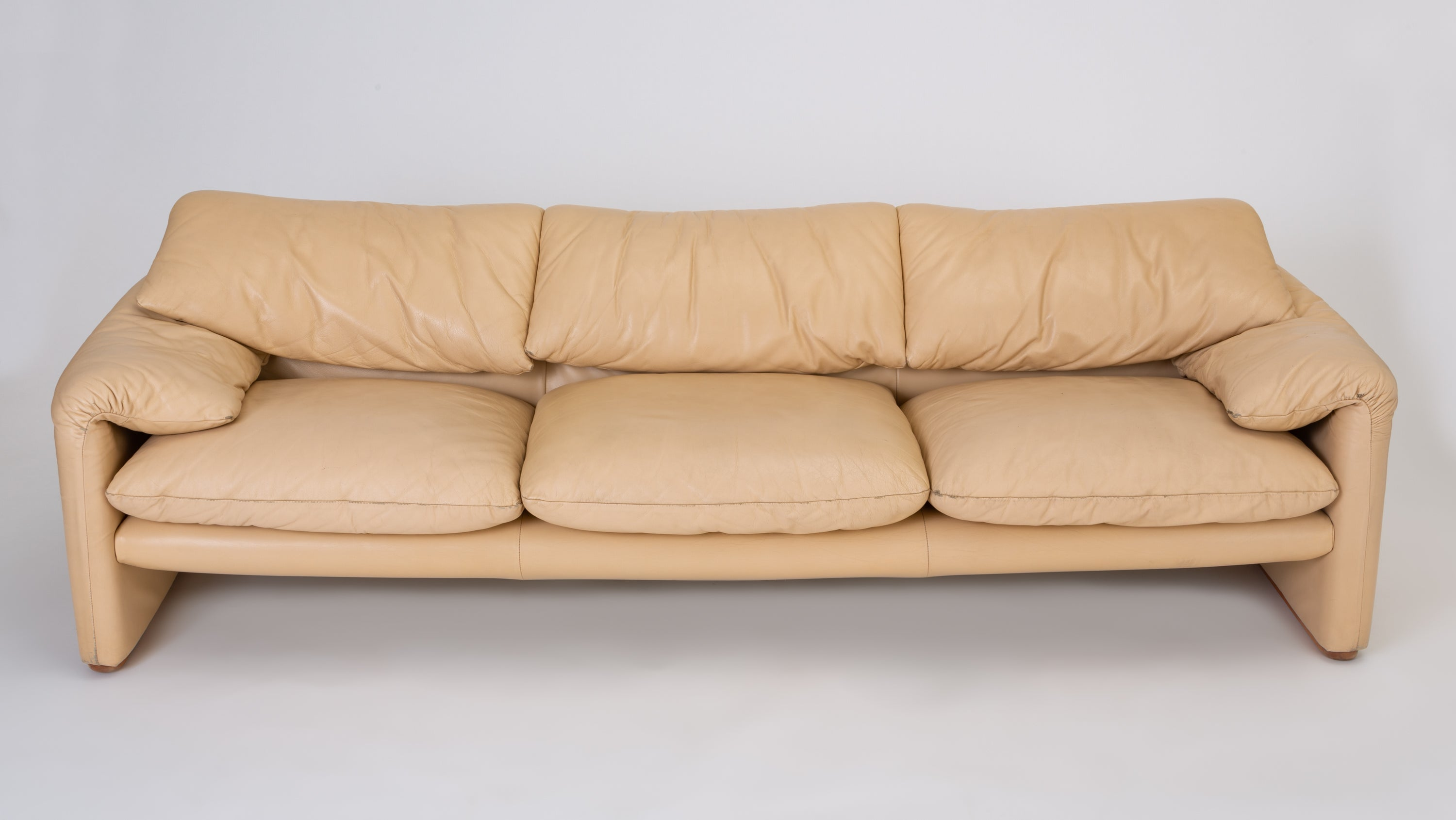 "Leather ""Maralunga"" Sofa by Vico Magistretti for Cassina"