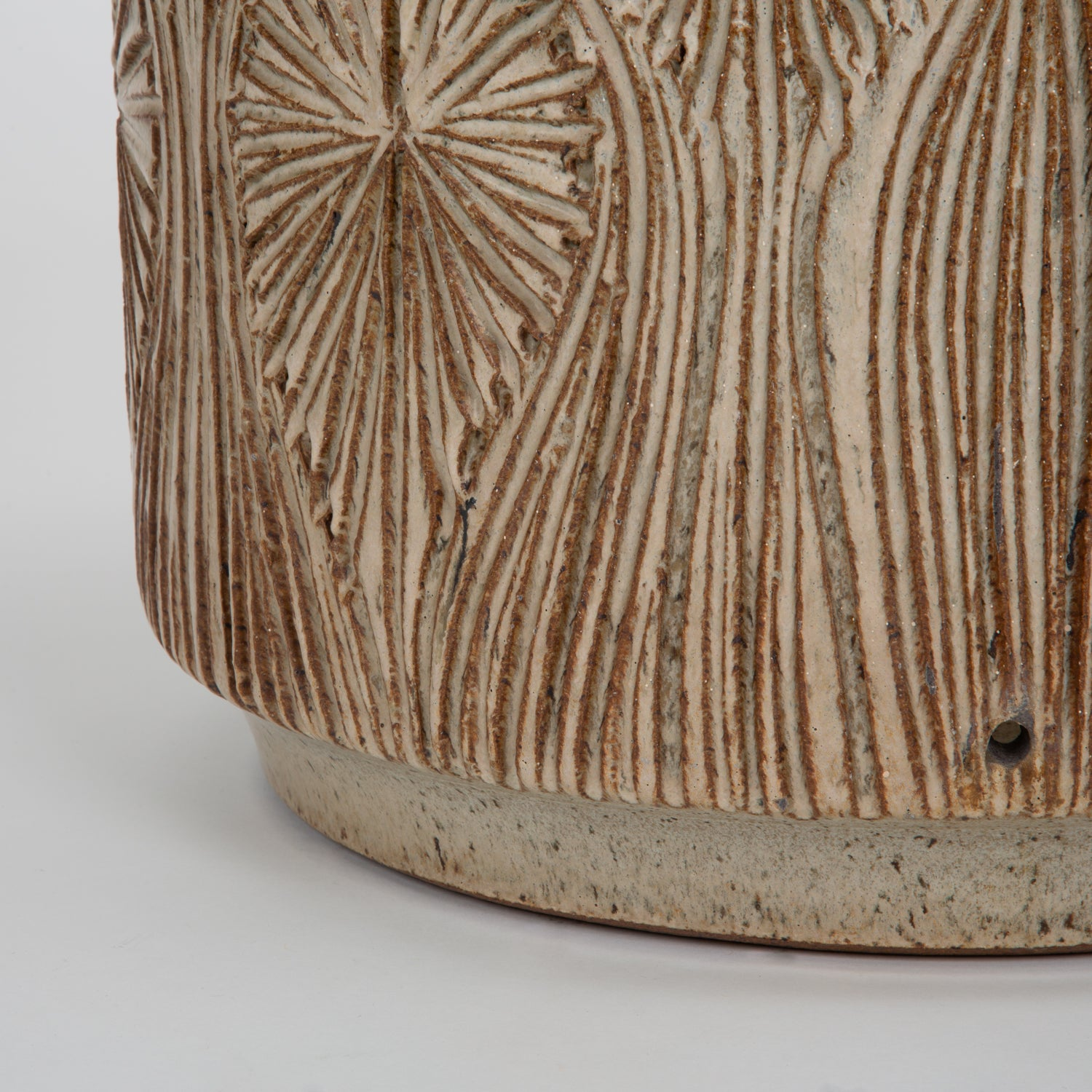 Incised  Teardrop Sunburst  Planter by Robert Maxwell and David Cressey for Earthgender