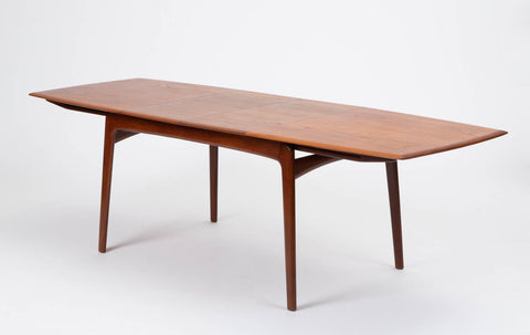 Danish Modern Teak Dining Table w/Two Extension Leaves