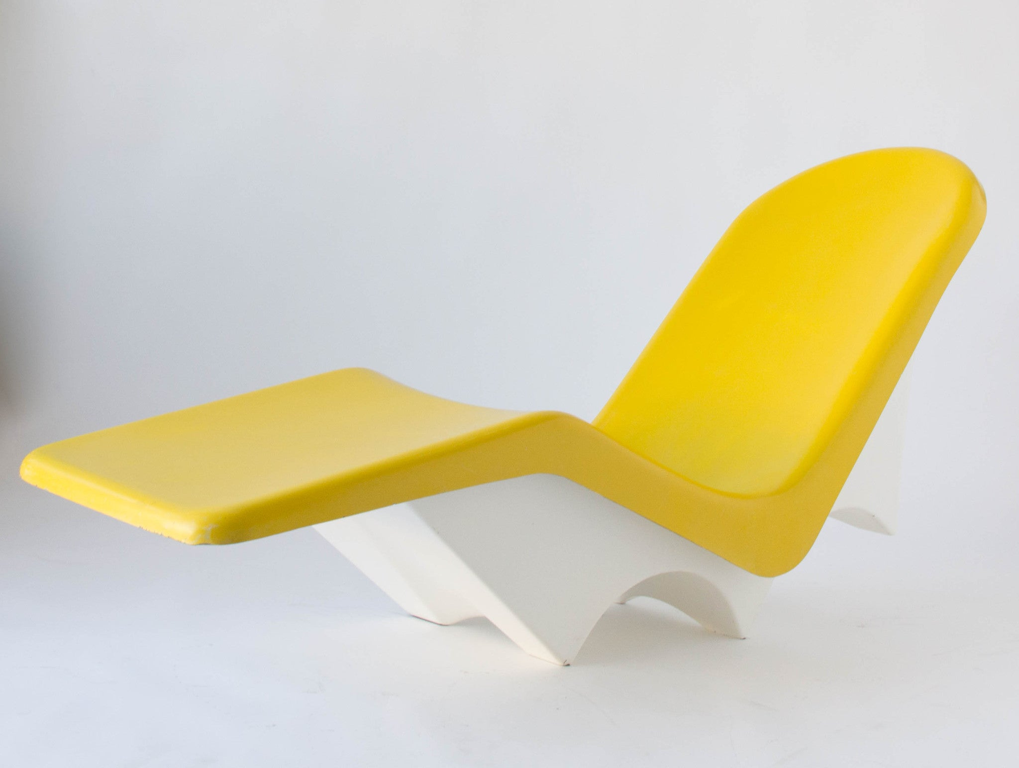 Pair of California Made Fiberglass Patio or Poolside Lounge Chairs