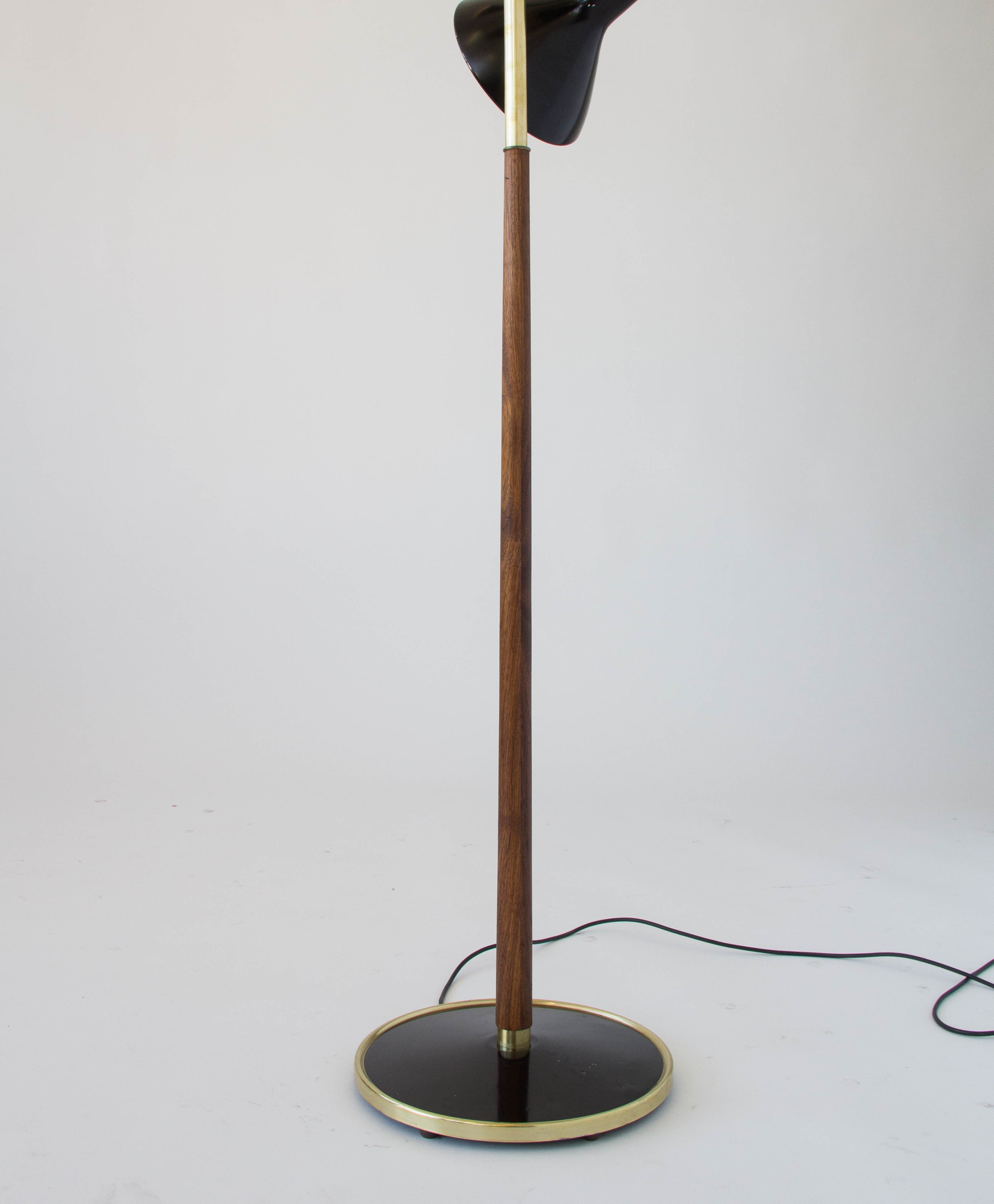 Three shade floor lamp by gerald thurston lightolier den mbler three shade floor lamp by gerald thurston lightolier geotapseo Image collections