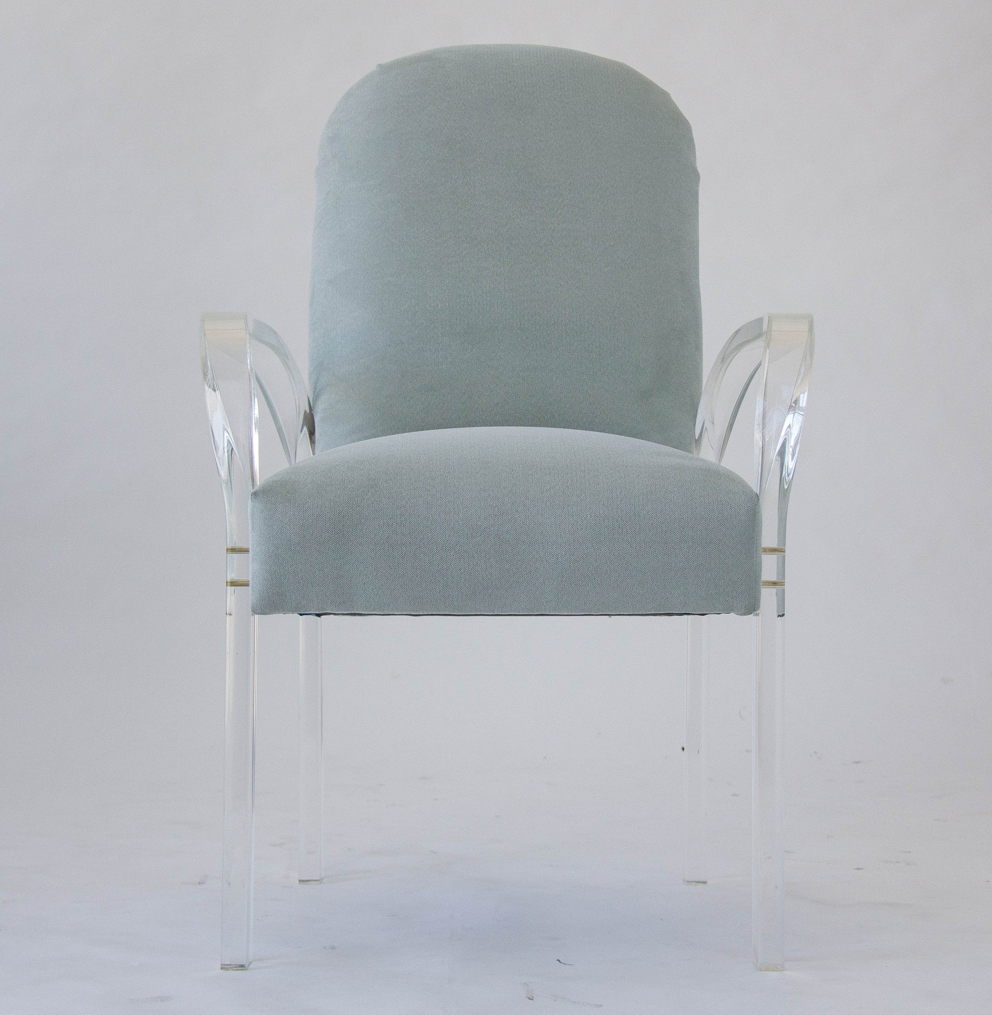 Set of Eight Dining Chairs with Lucite Arms – Den M¸bler