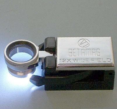BETAMAG 12X WIDE FIELD MAGNIFIER WITH DUAL LED LIGHTS