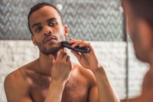 What Should Be In A Man's Grooming Kit?
