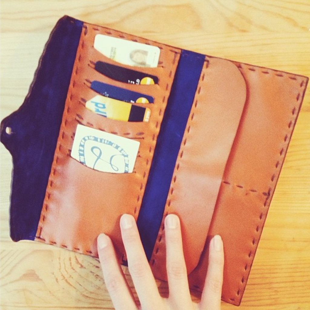 Strictly handmade leather wallet in whiskey leather
