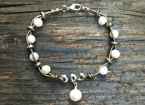 NEW! Boho-Style Leather & Freshwater Pearl Bracelet Kit (Khaki Leather)