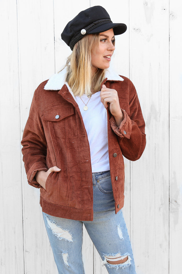 Queenstown cord jacket in rust