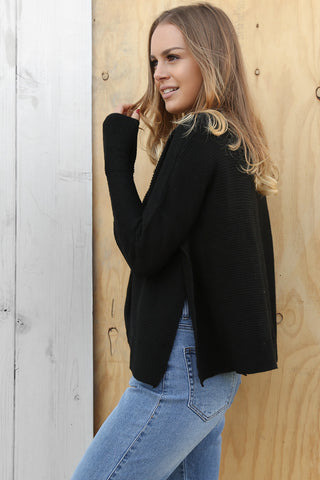 seeker knit in black