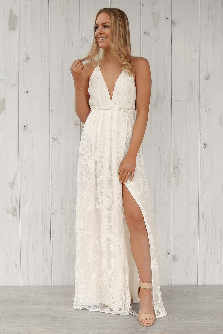 hattie anne lace maxi dress in white