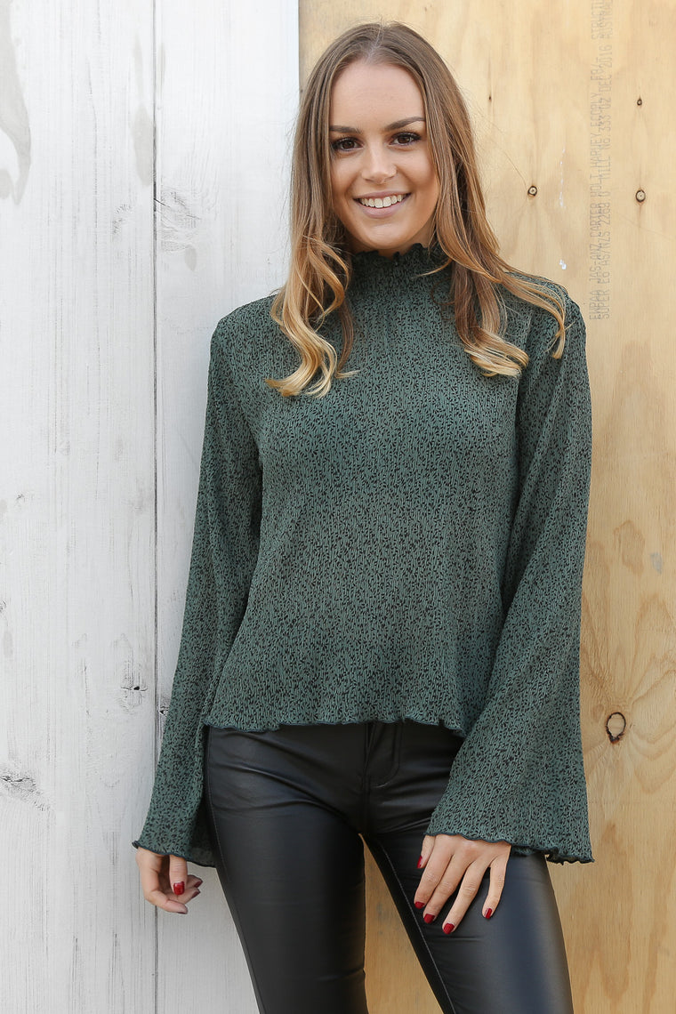grace top in green